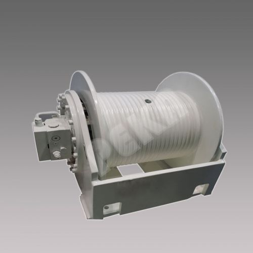 Buit-in hydraulic winch